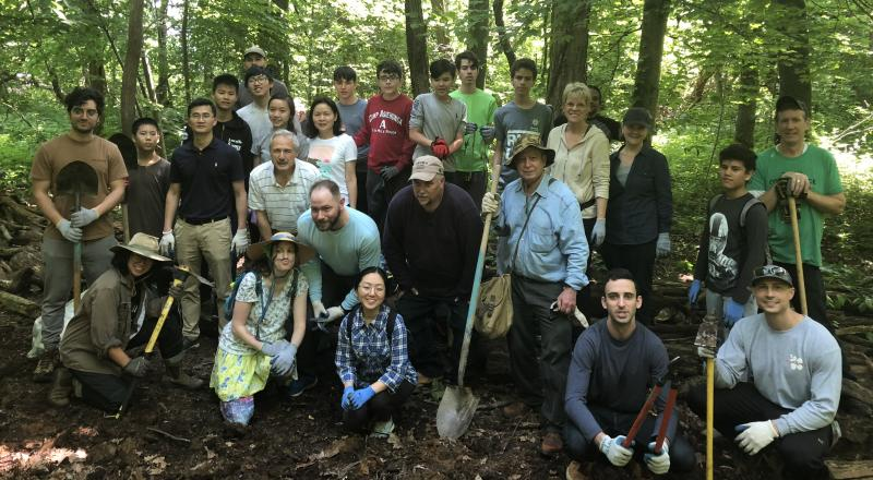 NYC Trail Volunteers. Photo by Mk Moore.