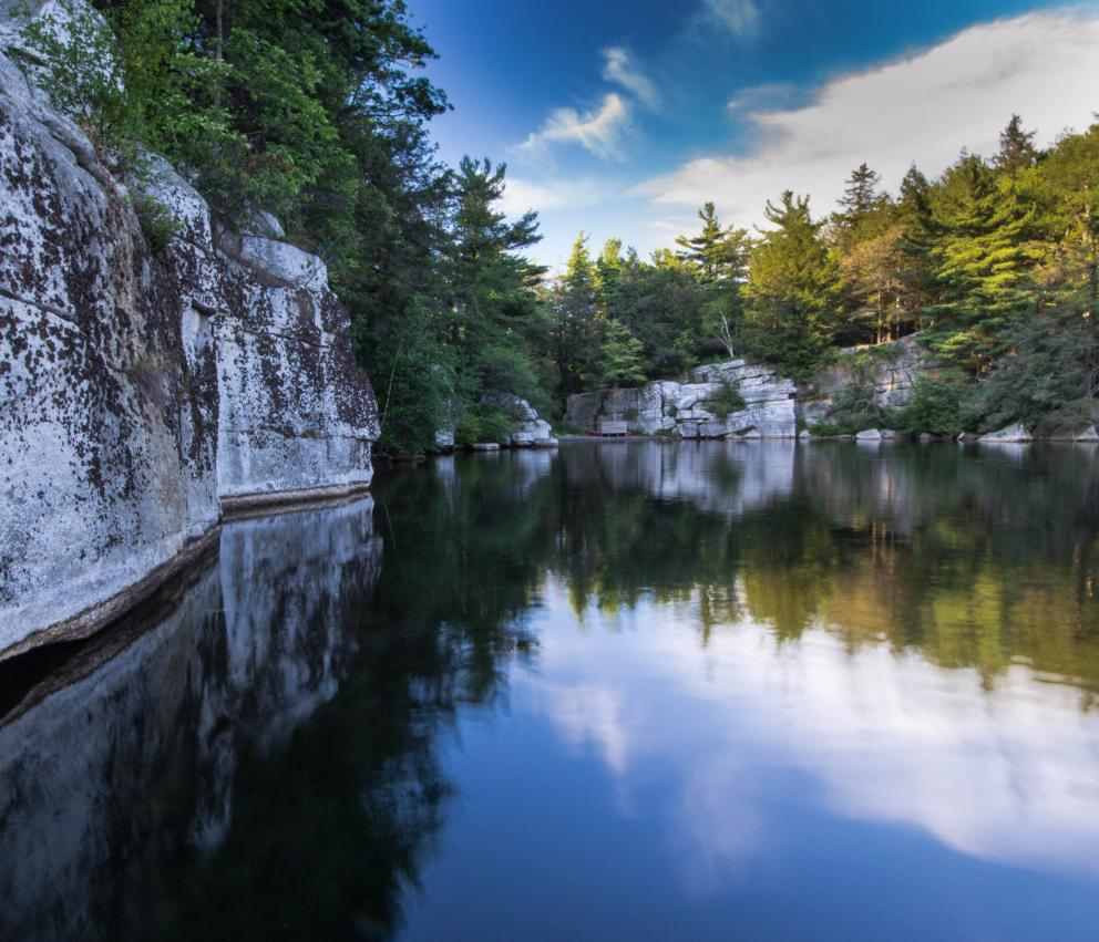 Minnewaska Cove, Catskills - Photo Steve Aaron
